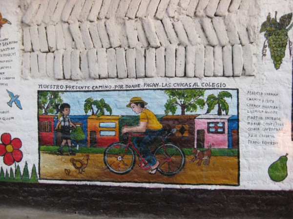 Detalle fotográfico del Mural de la Comunidad Canoa, Chincha, Perú